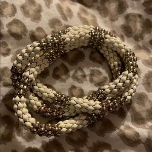 White and gold twisted bracelet